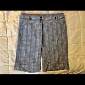 🎊2for$15🎊 Maurices Plaid Bermuda Dress Shorts